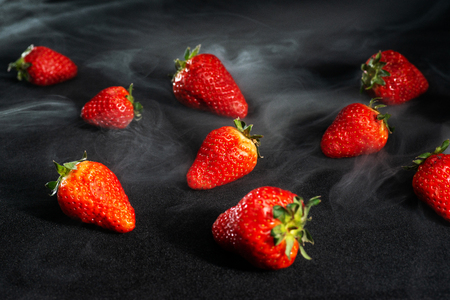 Strawberry aroma smoke Imagens