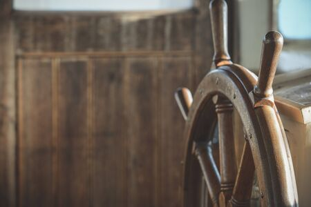Wooden steering wheel Banque d'images