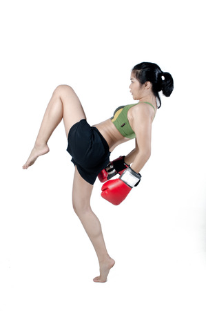 thai kick boxing: Asian Female Fighter