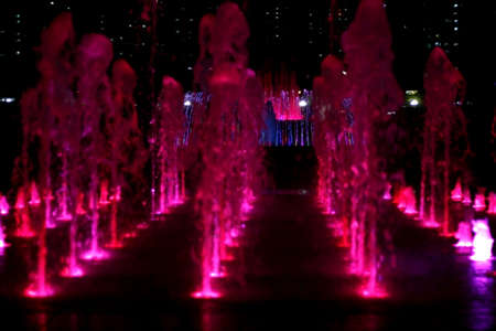 ragsac: Fountain at Night
