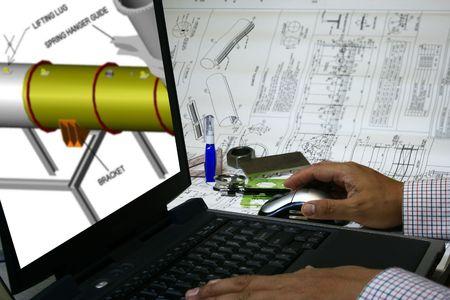 엔지니어가 CAD 디자인을 사용하여 컴퓨터에 디자인을 그려줍니다.