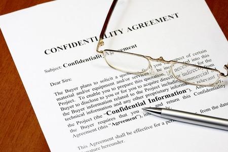 undercover agent: Confidential document
