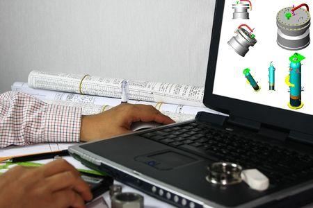 Modellazione 3D del recipiente a pressione: molti usi nell'industria petrolifera e del gas. Si noti che il modello 3d nel monitor è il mio lavoro originale.