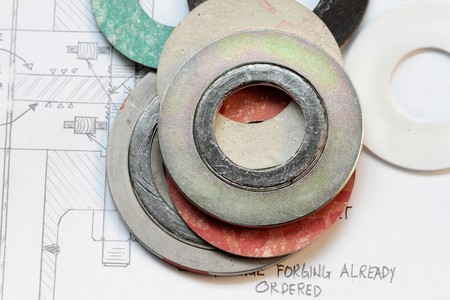 flange: set of gaskets with calculation of flange boltings- many uses in the oil and gas industry