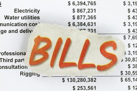 법안: 숫자와 수치와 인보이스 청구서를 지불합니다. 스톡 사진
