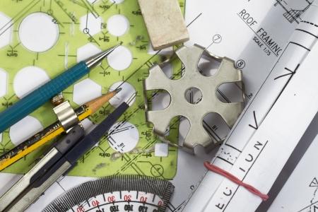 compas de dibujo: Los detalles de ingeniería de dibujo y redacción de instrumentos de dibujo
