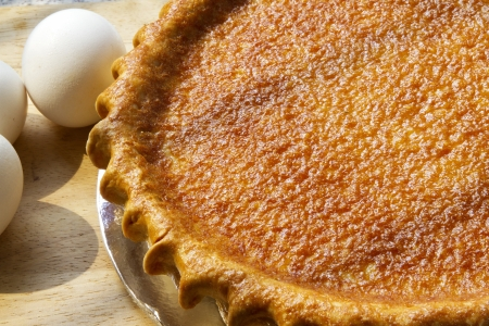egg pie withraw egg  ready to serve   Stock Photo - 16542304