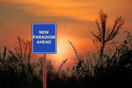 paradigma: Una se�al de advertencia de un nuevo paradigma Ahead Foto de archivo