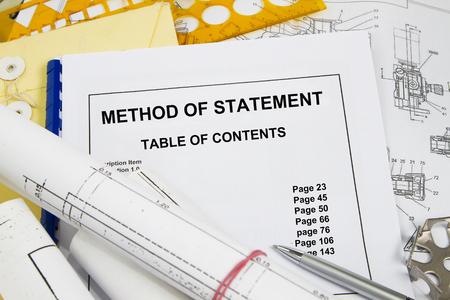 Methode van verklaring brochure met blauwdruk concept.