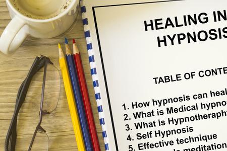 자기 최면 개념 - hypnotheraphy hypnois과 자기 최면을 포함합니다. 스톡 콘텐츠