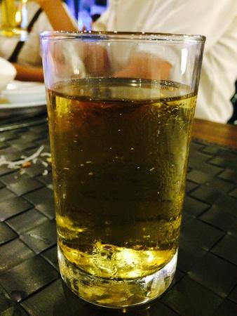 glow: Beer glass in Pratt drink Stock Photo