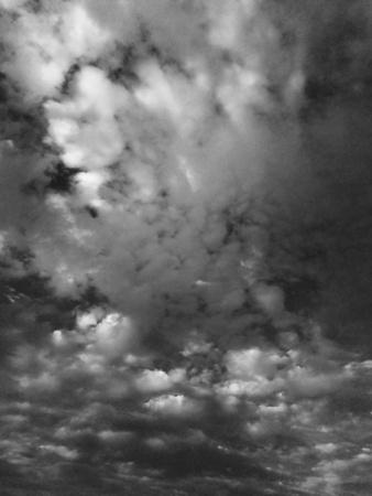 eye: sky dark and black cloud