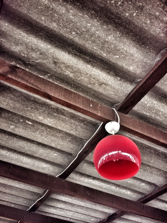 transom: red lamp on the roof