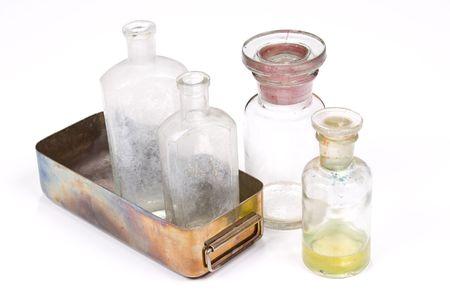 bureta: la medicina profesional establecidos en el fondo blanco