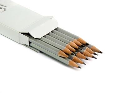 grafito: conjunto de l�pices de grafito sobre fondo blanco