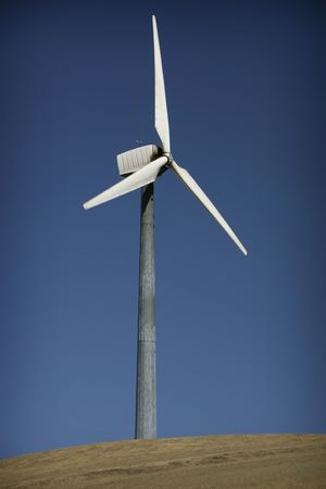 Windmill on a hill to generate electricity Imagens - 5270445