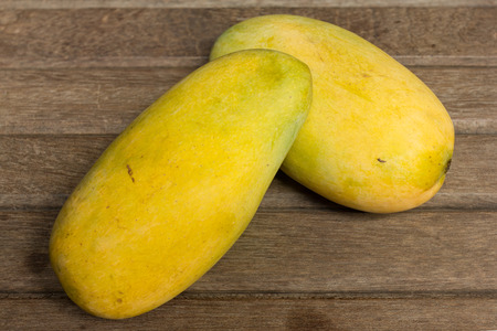 linn: Close-up sweet mango (Mangifera indica Linn) Stock Photo