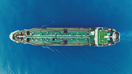 Aerial top view Oil ship tanker transportation crude oil from refinery on the sea. 版權商用圖片