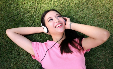 music therapy: Close up of a young woman