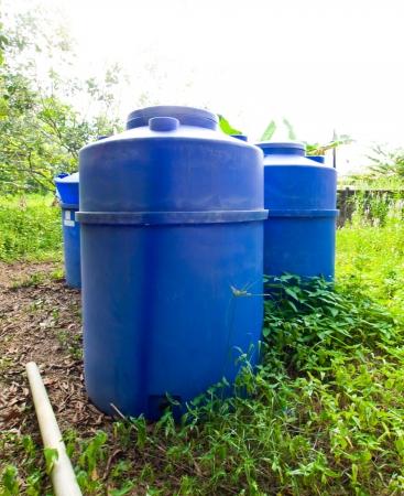 dep�sito agua: El tanque de agua Foto de archivo