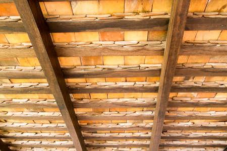 Patr�n de debajo de las tejas