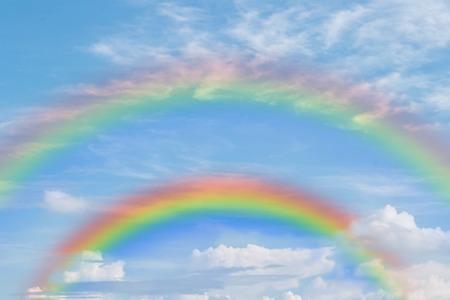 dubble rainbow in blue sky Stok Fotoğraf - 34580008