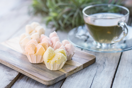 cottonwool: Thai steamed cupcakes, muffin cup cake or cotton-wool cake with tea