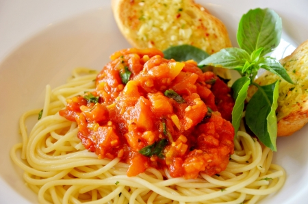 pasta with tomato sauce and meat Banco de Imagens - 11010029