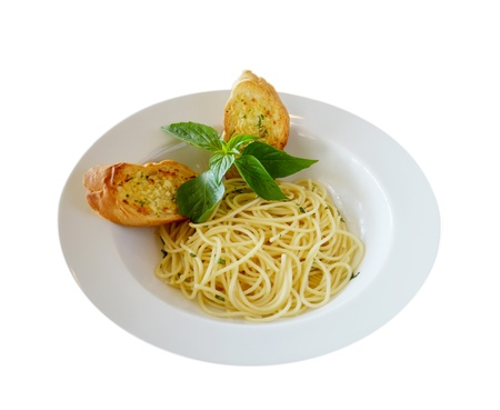 pasta with garlic bread photo