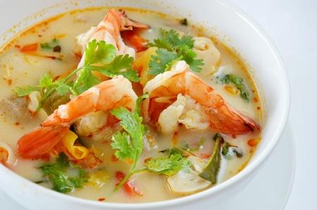 Tailandesa de Alimentos Tom Yum Goong Foto de archivo - 11010078