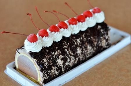 chocolate ice cream cake , Beautiful decorated fruit cake photo