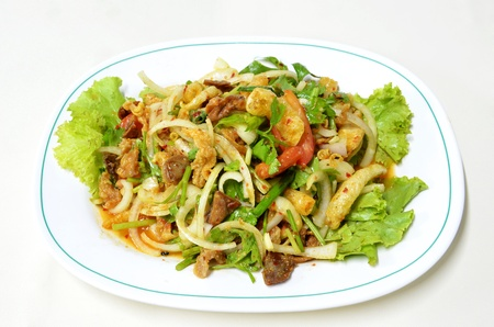 mixed vegetabel and fish maw ,cashew nut , spicy salad