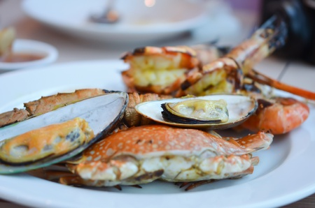 mixed seafood grill , crab , scallop , shrimp , shellfish ,  photo