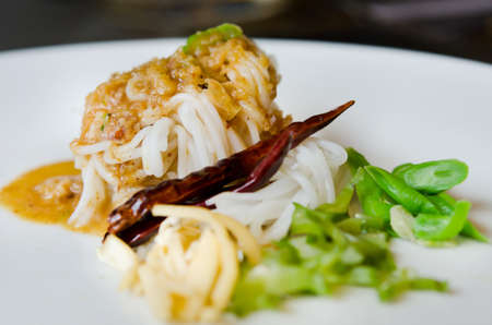 cow pea:  rice vermicelli eaten with sweet sauce and vegetable ,