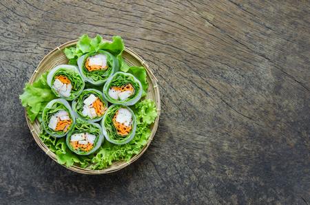 Vista superior Fresh Spring Roll, vietnamita de Alimentos. Foto de archivo - 45685086