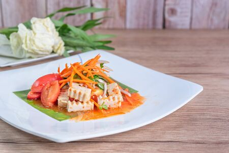 spicy salad with pork sausage and mixed vegetables   , Thai style cuisine Banco de Imagens