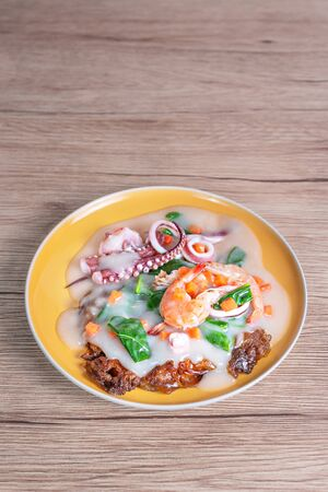 seafood and noodles in a creamy sauce , asian style cuisine Banco de Imagens