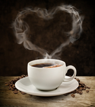 Smoke sweet heart coffee with clipping path  Фото со стока