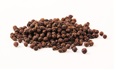 Black Pepper with clipping path Banque d'images
