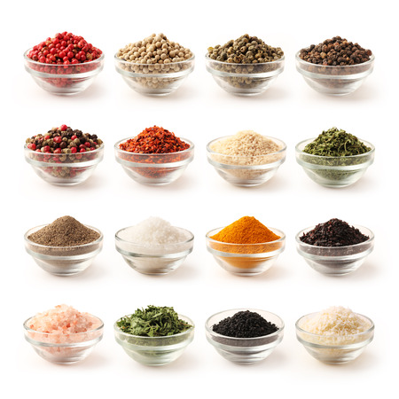 pepper flakes: Spice set with clipping path