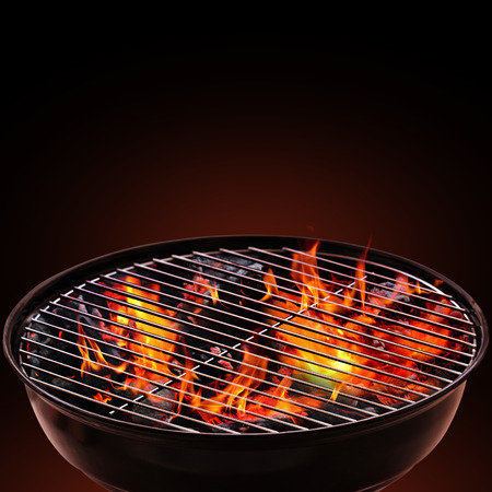 Barbecue Grill on Black Background Banque d'images