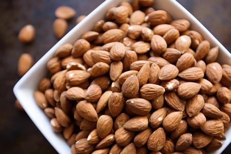 Almonds In A Bowl Reklamní fotografie