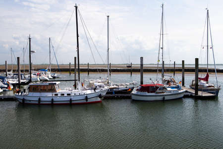 The photo shows a view of the Baltum Yachhafen by day
