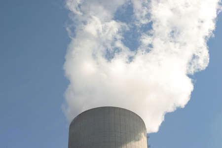 flue season: principio de una central el�ctrica de carb�n de cocci�n torre de enfriamiento
