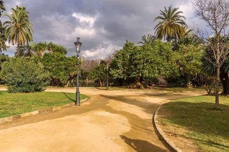 parc: Lake in Parc de la Ciutadella, Barcelona, Spain