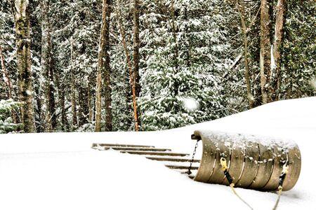 toboga: Slitta in attesa del giorno nevoso