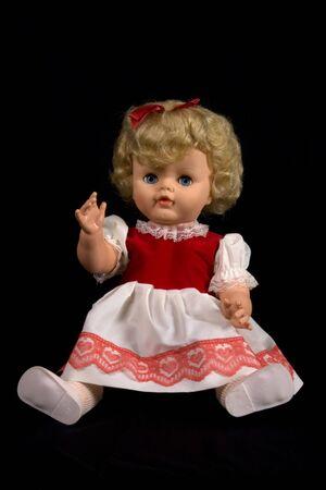 Vintage jouet poup�e isol� sur fond Banque d'images