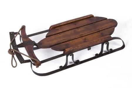 Chariot de neige ancienne sur fond isol� Banque d'images