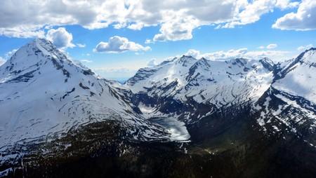 Aeriel shot of a frozen lake. Glacier National Park, Montana Zdjęcie Seryjne