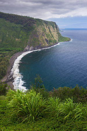 valley view: The view from Waipio Valley Lookout on Big Island, Hawaii. Stock Photo